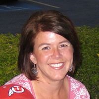 julie_gates's Avatar