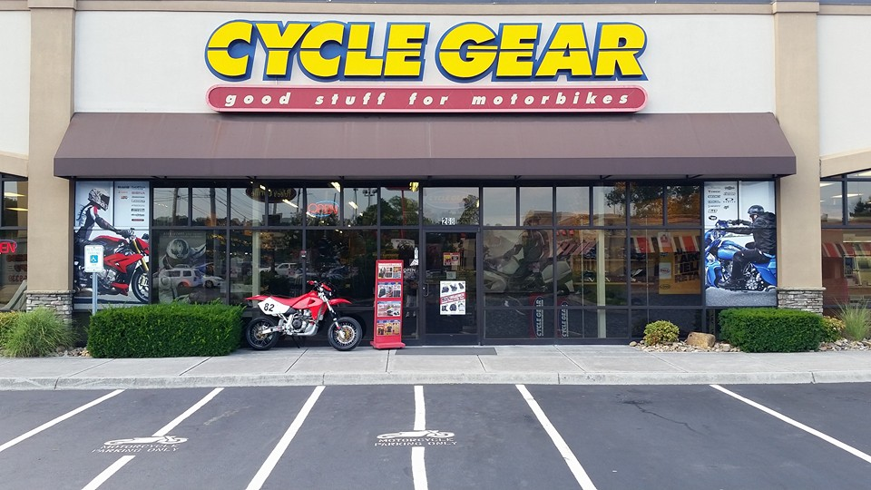 Cycle Gear, Kno