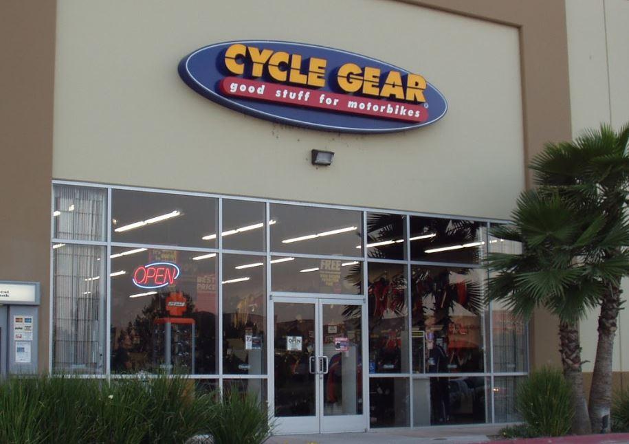 Cycle Gear, Mur