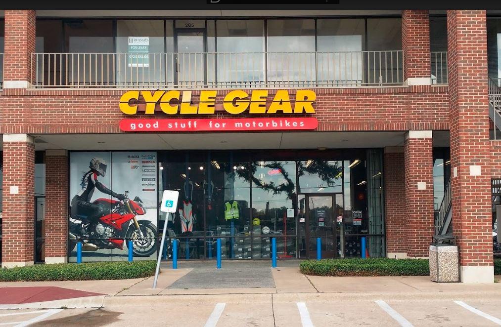Cycle Gear, Pla