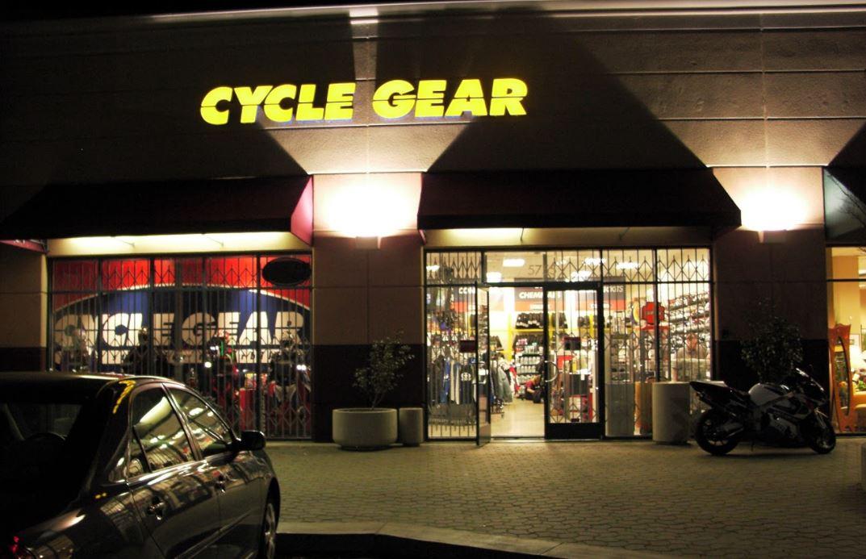 Cycle Gear, Ple